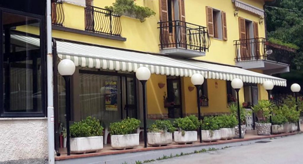 tende a bracci 38 Repaire Ascoli Piceno (AP)